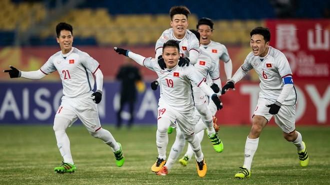 Quang Hải (số 19) ghi cả 2 bàn thắng cho U23 Việt Nam tính tới lúc này