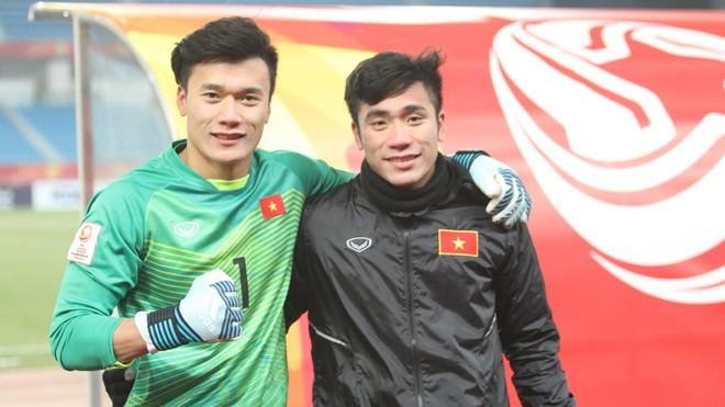 Hai anh em Bùi Tiến Dũng - Bùi Tiến Dụng cùng khoác áo U23 Việt Nam tại giải châu Á