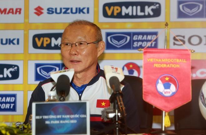 HLV Park Hang-seo tự hào về thành tích cùng U23 Việt Nam tại giải châu Á (ảnh Vũ Vy)