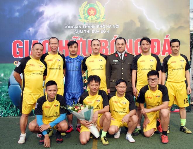 Đội bóng Báo An ninh Thủ đô đoạt giải Nhì chung cuộc