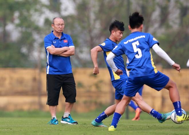 Thầy trò HLV Park Hang-seo sẽ hội quân ngày 11-10 và có 25 ngày chuẩn bị cho trận ra quân AFF Cup 2018 (Ảnh: Vũ Vy)
