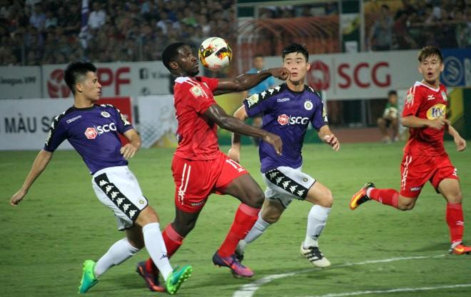 CLB Hà Nội và HAGL cống hiến một trận đấu kịch tính