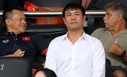 """Lần đầu ngồi ghế Chủ tịch, ông Hữu Thắng phải đối mặt bài toán """"giải cứu"""" CLB TP.HCM"""