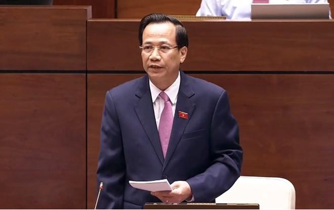 Bộ trưởng LĐ-TB-XH Đào Ngọc Dung trả lời chất vấn trước Quốc hội sáng 5-6
