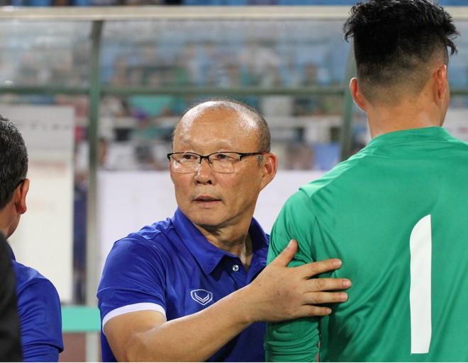 HLV Park Hang-seo cho biết sẽ chỉ chốt danh sách khi giải giao hữu U23 quốc tế kết thúc