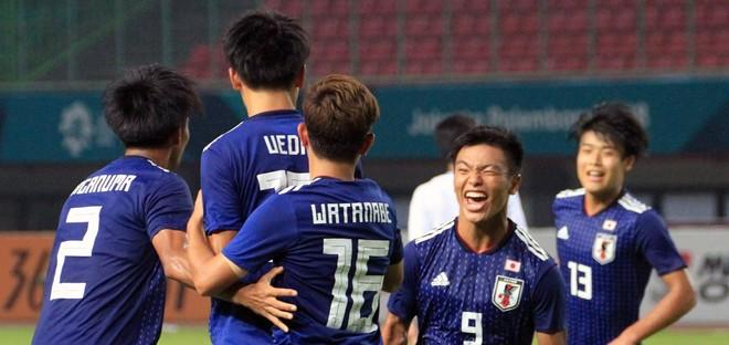 Nhật Bản vào bán kết sau chiến thắng sát nút 2-1 trước Ả Rập Xê Út