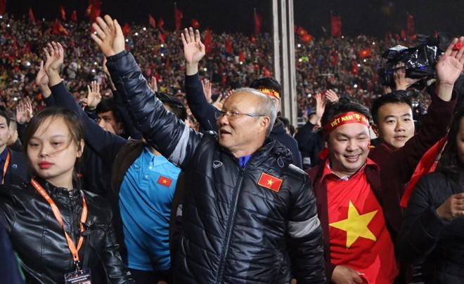 Chỉ sau 10 tháng làm việc, ông Park đã liên tiếp lập hai kỳ tích ở giải châu lục