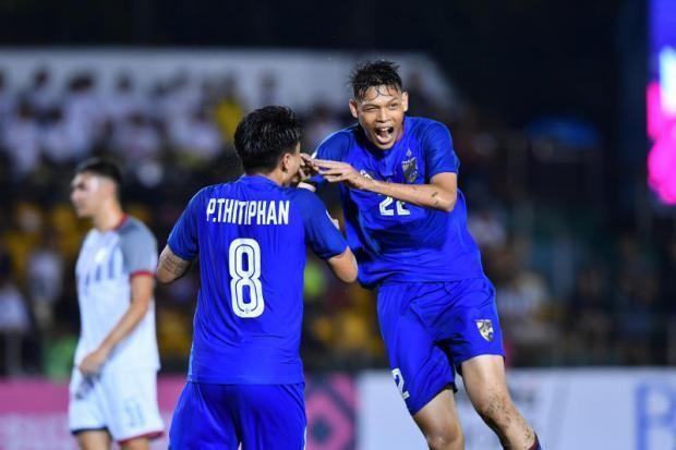 Các tuyển thủ Thái Lan được treo thưởng lớn trước trận bán kết lượt đi dự báo khó khăn trên sân Bukit Jalil của Malaysia