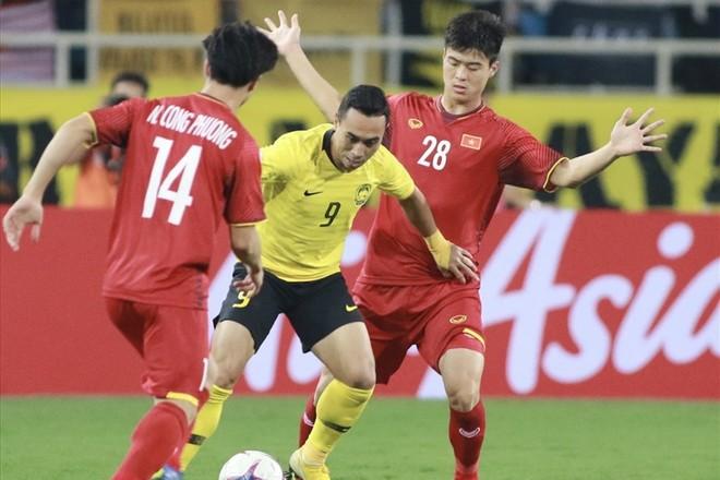 Talaha từng bị vô hiệu hóa trong trận ĐT Malaysia thua ĐT Việt Nam 0-2 ở vòng bảng