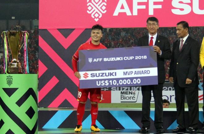 Quang Hải - cầu thủ xuất sắc nhất AFF Cup 2018