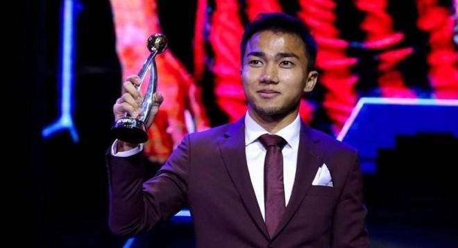 Chanathip nhận danh hiệu Cầu thủ xuất sắc nhất Thái Lan 2018