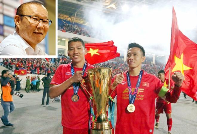 HLV Park Hang-seo gạch tên Anh Đức và Văn Quyết vì muốn trao cơ hội cho cầu thủ trẻ