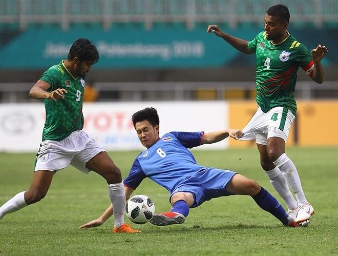 Olympic Thái Lan (giữa) sớm bị loại từ vòng bảng ASIAD