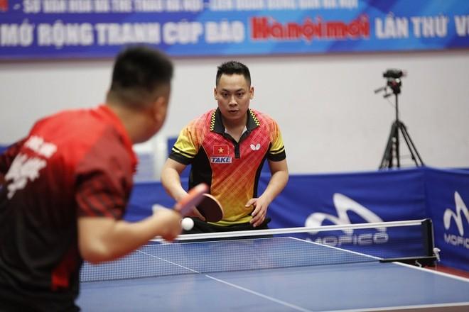 ĐKVĐ Lê Tiến Đạt thắng thuyết phục trong trận chung kết đơn nam chuyên nghiệp