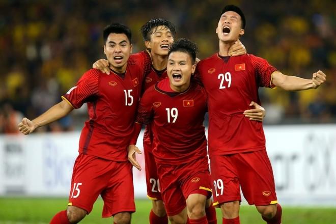 Nếu cùng ĐT Việt Nam đạt mục tiêu tứ kết Asian Cup, Quang Hải (19) sẽ trở thành cầu thủ vĩ đại nhất lịch sử, xét trên khía cạnh thành tích