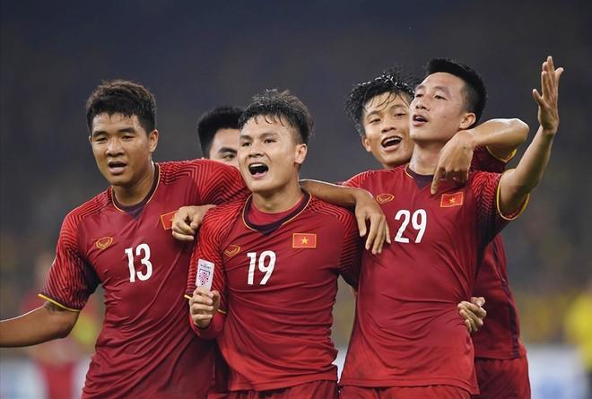 Nhiều tuyển thủ như Quang Hải, Đình Trọng, Đức Chinh, Văn Hậu... không tập trung ĐT U22 Việt Nam dù còn trong độ tuổi
