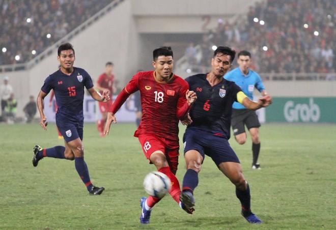 Phong độ thất thường của Đức Chinh (18) được HLV Park Hang-seo lý giải là bởi tiền đạo này có quá ít cơ hội ra sân ở CLB