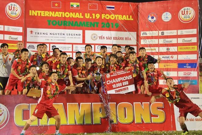 U19 Việt Nam vô địch giải đấu trên sân nhà