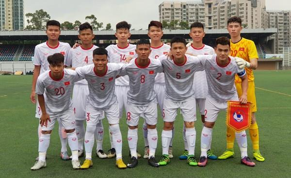 Đội hình ra sân của U18 Việt Nam trận gặp Singapore (Ảnh: VFF)