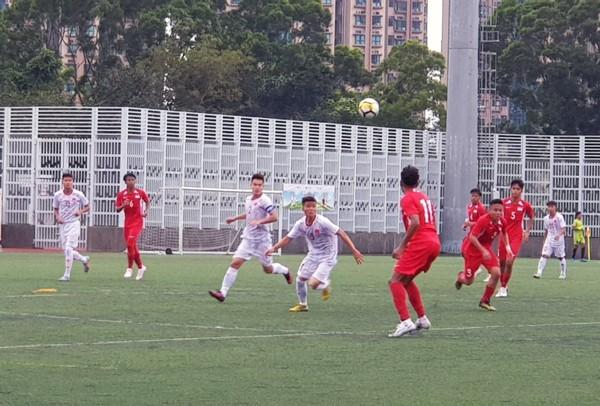 U18 Việt Nam thắng sát nút Singapore nhờ bàn thắng trên chấm 11m (Ảnh: VFF)