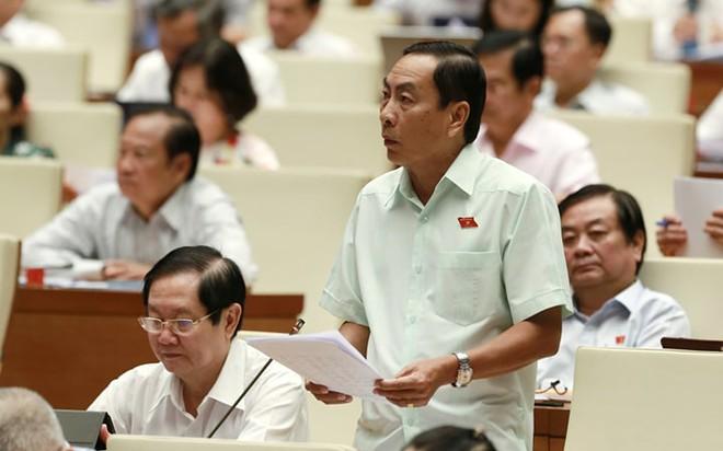 Đại biểu Phạm Văn Hoà đề xuất dự thảo luật bổ sung quy định giao Chính phủ nghiên cứu về bỏ thi THPT quốc gia