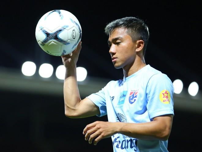 Chanathip cho biết trận thua Việt Nam tại King's Cup là động lực cho ĐT Thái Lan