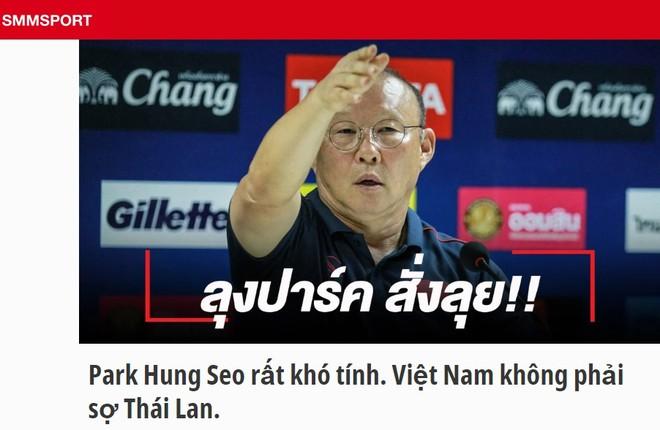 Thầy Park bênh người nhà, yêu cầu phóng viên Thái Lan giữ phép lịch sự ảnh 2
