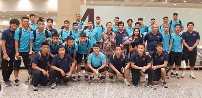 Tuấn Anh cùng đồng đội đã có mặt tại Bali, chuẩn bị cho trận đấu ngày 15-10