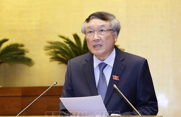 Chánh án Toà án nhân dân tối cao Nguyễn Hoà Bình