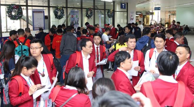 Tránh bão Kammuri, 127 thành viên đoàn Việt Nam sang Philippines sớm ảnh 2