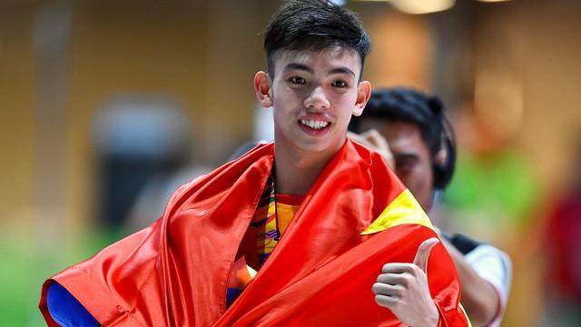Huy Hoàng giành tấm HCV thứ 2 và thiết lập kỷ lục thứ 2 tại SEA Games 30