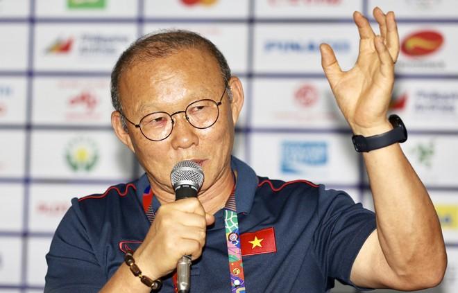 HLV Park Hang-seo khẳng định quyết tâm giành HCV trong họp báo trước trận chung kết