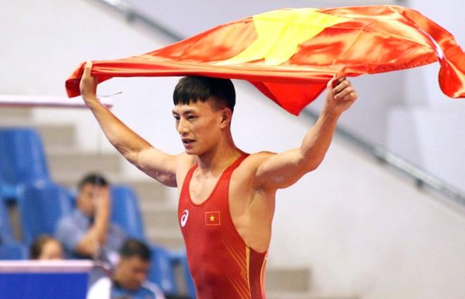Nguyễn Hữu Định cùng đồng đội toàn thắng ở cả 7 trận chung kết chiều nay