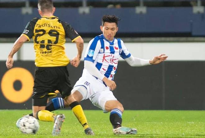 Đoàn Văn Hậu chính thức ra sân thi đấu cho SC Heereveen rạng sáng 18-12