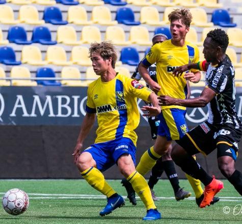Công Phượng bỏ giải VĐQG Bỉ khắc nghiệt về V-League để được ra sân nhiều hơn
