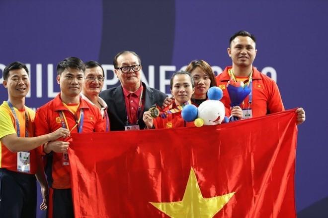 Vương Thị Huyền cùng đội tuyển cử tạ Việt Nam quyết tâm giành vé dự Olympic Tokyo