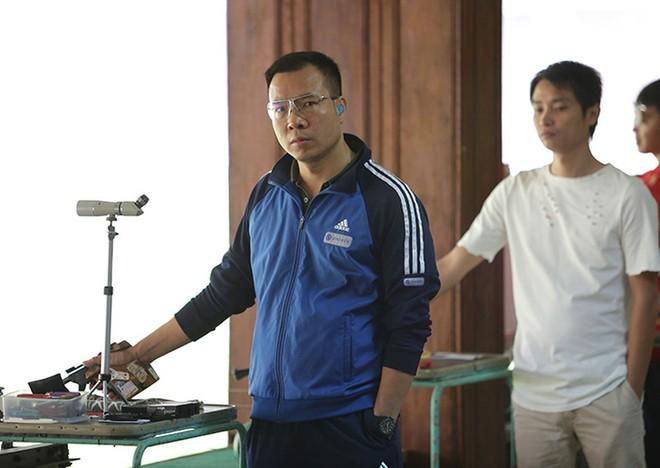 Cơ hội dự Olympic 2020 của Hoàng Xuân Vinh và bắn súng Việt Nam nói chung đang hẹp dần khi giải vòng loại cuối cùng tại Ấn Độ hoãn vì dịch Covid-19