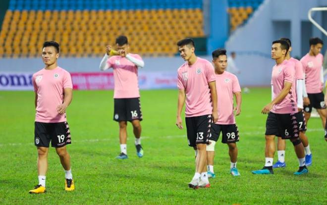 Hà Nội FC có thể cắt giảm lương cầu thủ nếu V-League 2020 hoãn dài hạn vì Covid-19