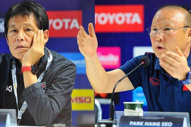 HLV Park Hang-seo (phải) nắm trong tay những lợi thế mà các đồng nghiệp cùng bảng không có được