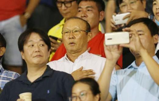 HLV Park Hang-seo đến sân xem CLB Sài Gòn thắng Thanh Hóa 3-0, chiều 12-7