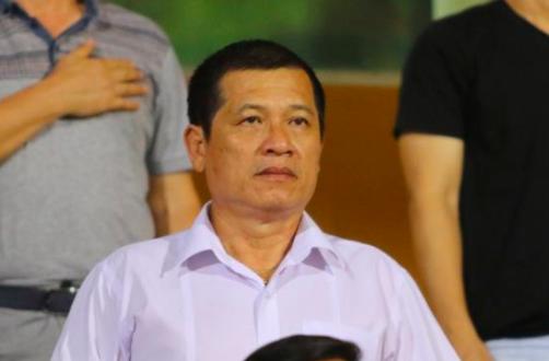 Cấp dưới liên tiếp mắc sai sót nghiêm trọng đặt ra vấn đề về trách nhiệm của Trưởng ban Trọng tài Dương Văn Hiền