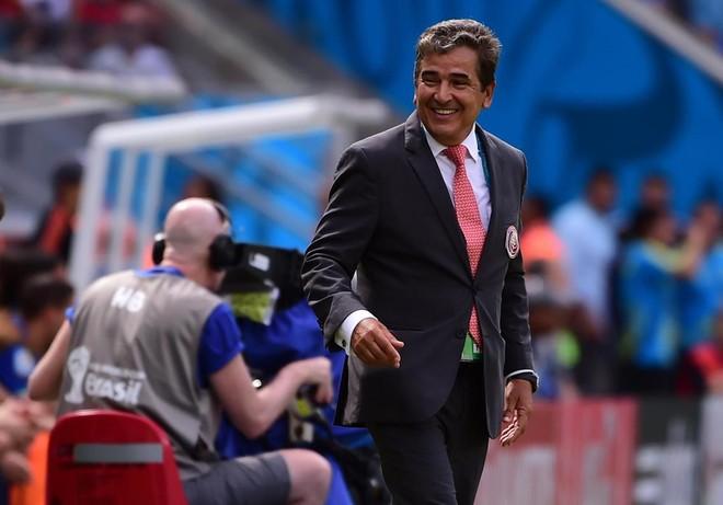 Tân HLV Pinto tự tin đưa UAE tới World Cup 2022