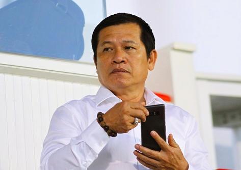 """Trưởng ban Trọng tài Dương Văn Hiền cho rằng chất lượng trọng tài V-League kém là do """"lịch sử để lại"""""""