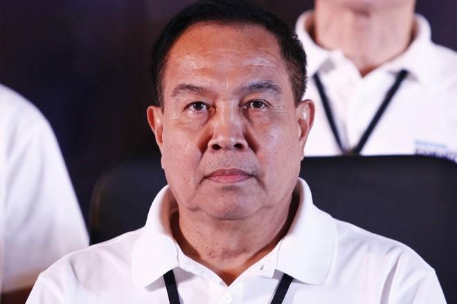Bất chấp những chỉ trích, Chủ tịch FAT Somyot tuyên bố vẫn sẽ đi vay tiền các tổ chức trong và ngoài nước để cứu bóng đá Thái Lan