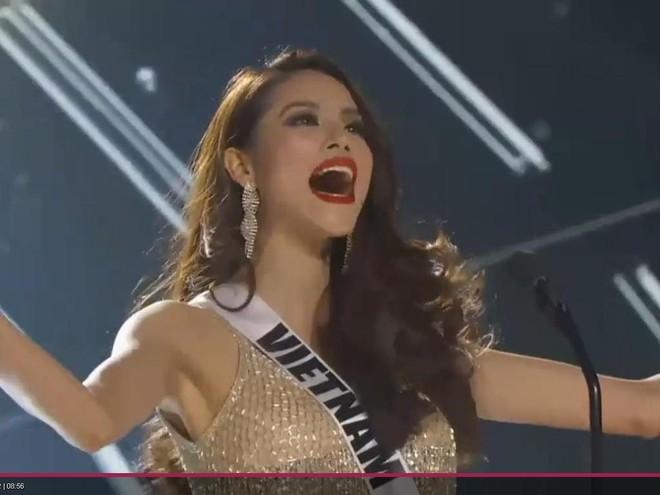 """Bán kết """"Hoa hậu Hoàn vũ 2015"""": Phạm Hương gây """"sốt"""" vì sự khác biệt ảnh 2"""
