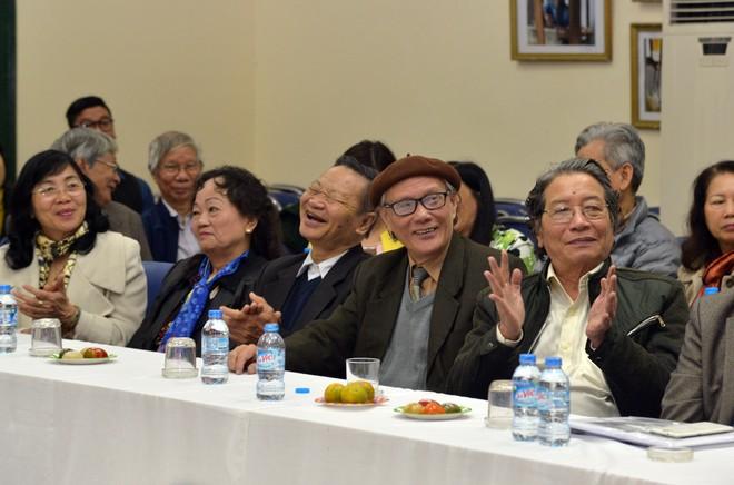 Giới văn nghệ sĩ trí thức Thủ đô bày tỏ sự cảm kích trước tình cảm và sự quan tâm chân thành của Chủ tịch UBND TP Hà Nội Nguyễn Đức Chung