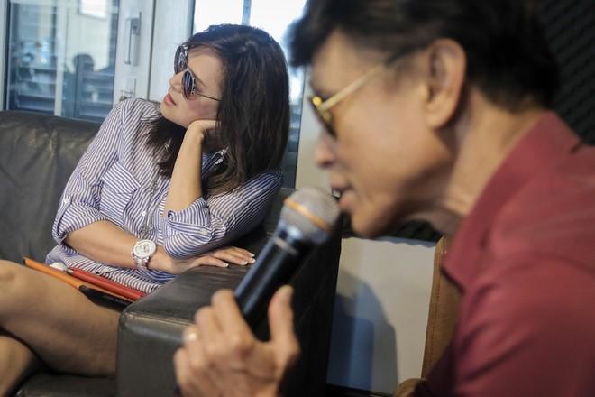 Danh ca Tuấn Ngọc cùng em gái Lưu Bích ráo riết tập luyện cho đêm nhạc tại Hà Nội ảnh 4