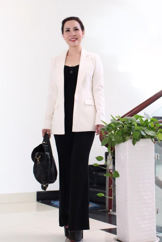 Nữ hoàng Kim Chi phá cách với trang phục vest ảnh 10