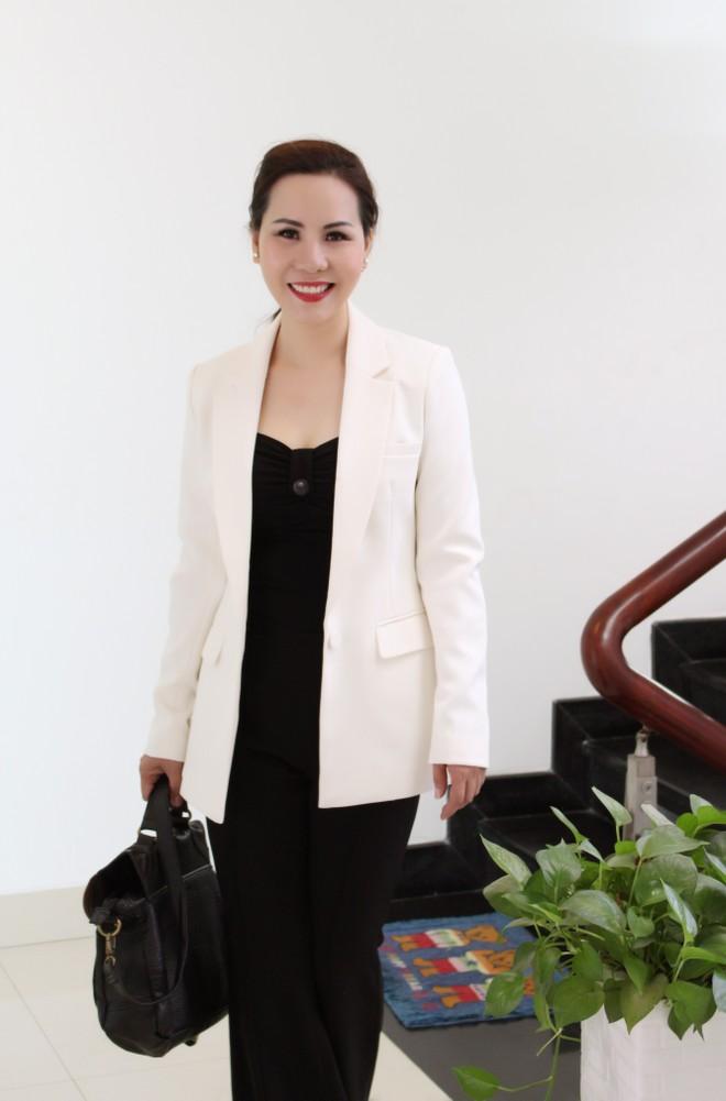 Nữ hoàng Kim Chi phá cách với trang phục vest ảnh 9