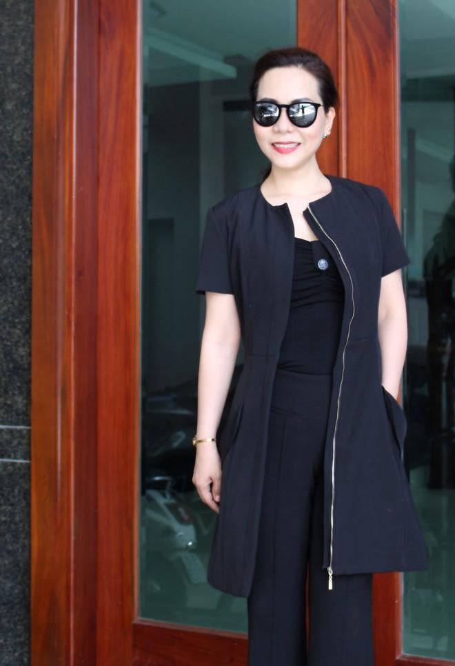 Nữ hoàng Kim Chi phá cách với trang phục vest ảnh 3